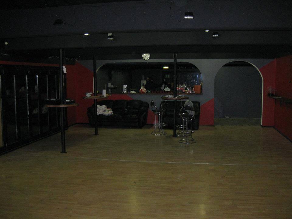 Opening the dormitory bar: Krostuen